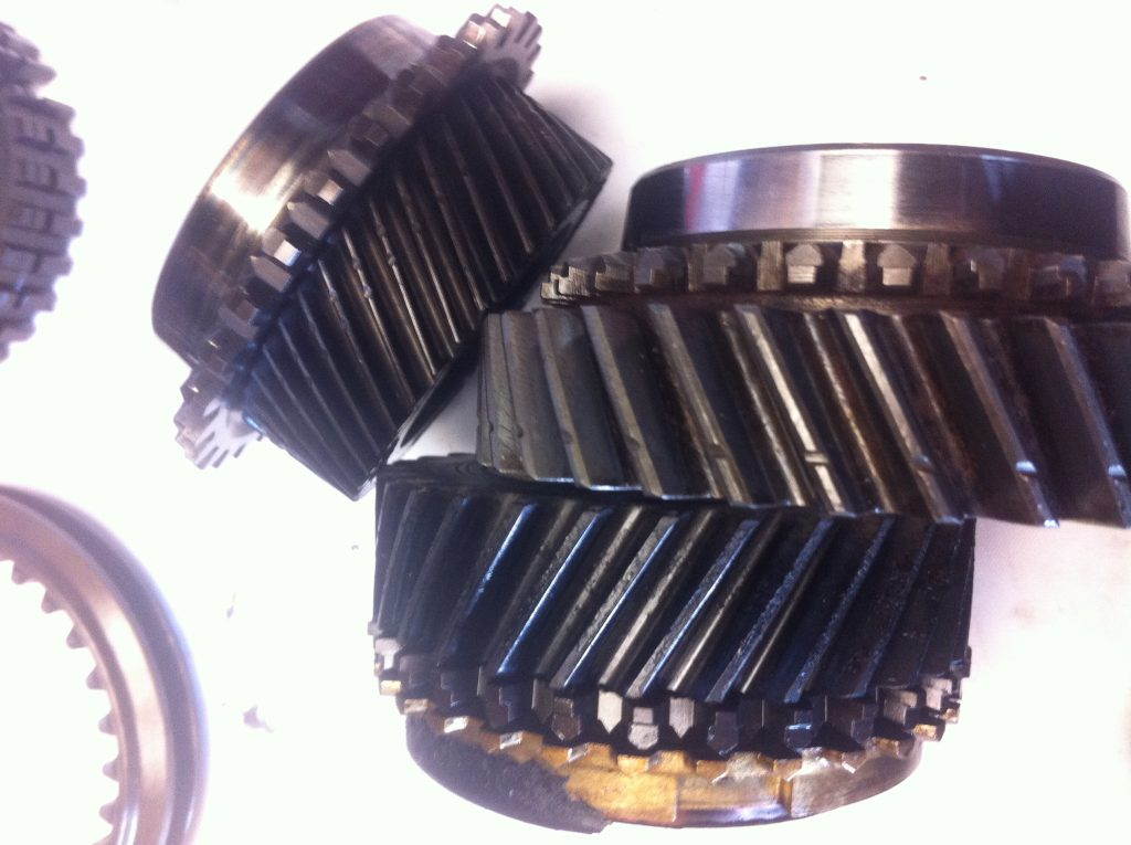 vw t3 syncro gearbox 3rd and 4th gear heat damage contrast