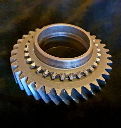 S 2nd gear 5 speed 094311261A
