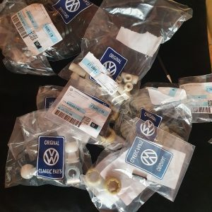 Petrol Gear Linkage Repair Kit Late 87+ T3 Genuine VW