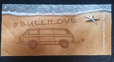 Bulli love Beach Towel